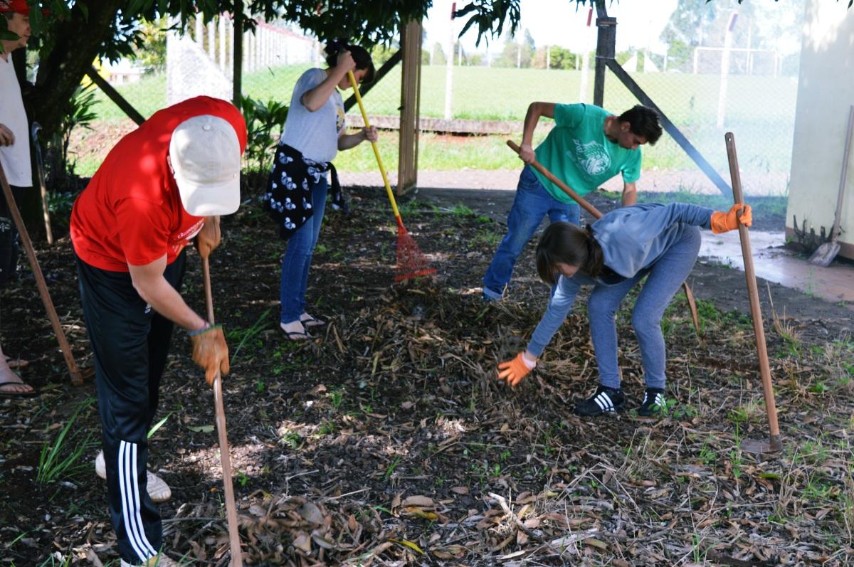 A Juventude Camponesa e a sua organização social e política: O território como categoria analítica
